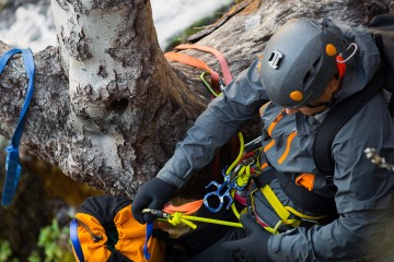 Canyoneering Anchors, Rigging, Rope Management (ACE-L1b)